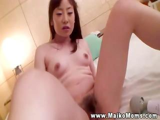 mature asian prostitute acquires her unshaved