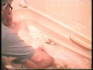 granny baths