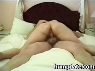 wife with large wazoo rides husbands dong