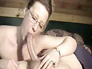 mommy with glasses asks for a spunk flow