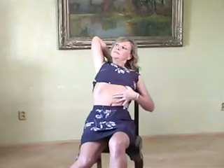 hot mother id like to fuck gives hawt striptease