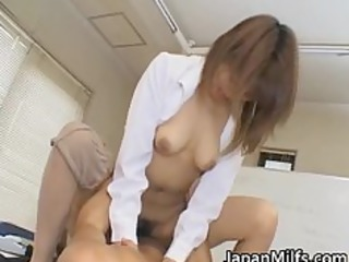 arika takarano janapese milf gets finger part11