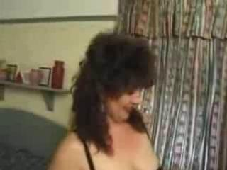dilettante british mom fucked anal