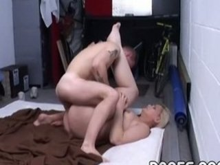 chubby mommy fucked in the garage