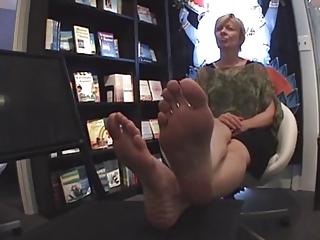 d like to fuck sexy feet