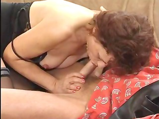 this lusty older lady can engulfing the dick