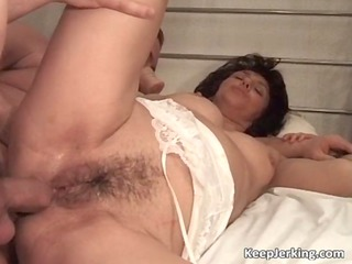 aged dark brown doxy receives hairy cunt