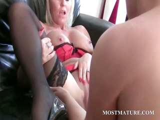 bitchy blond lesbian dildoes aged cunt