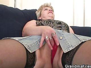 old floozy takes jocks after masturbation