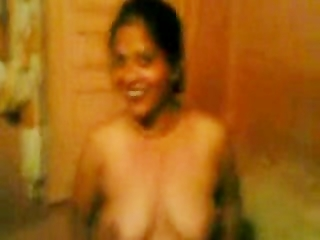 indian wife showing titties