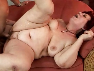 bulky grandma enjoying hard fucking