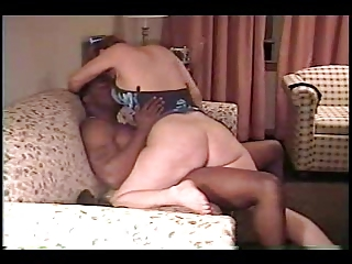 wife enjoys the smack 0 (cuckold)