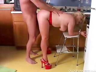 hawt older porn star lizzy liques t live without
