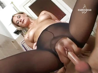 mature enjoyment in hose