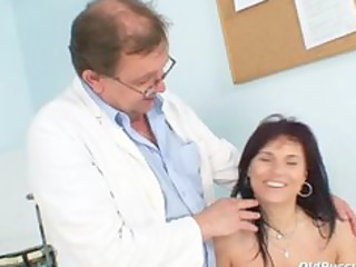 livie gyno d like to fuck cunt speculum exam on