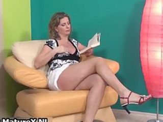 hawt aged lady in high heels loves part4