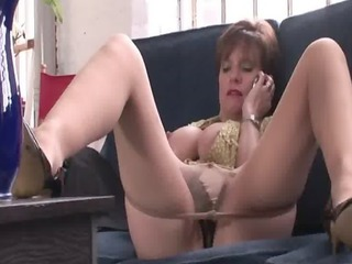 older fingering lady sonia tied up by burgler