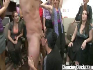 dancingcock overweight jock d like to fuck
