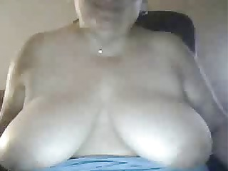 big beautiful woman mother i shows breasts on