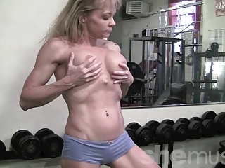 older muscle in the gym