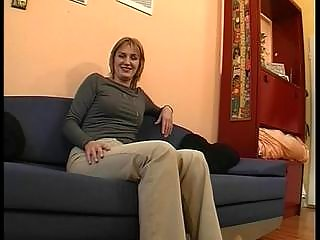 blond mother i in sexy episode
