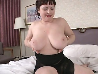 hawt brunette hair mother i show us her big boobs