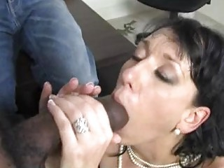 randy dark brown momma with biggest hooter sucks