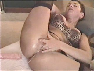 aged roxy toys her pussy and acquires jizzed on