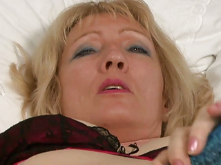 granny in fully fashioned nylon nylons fingers