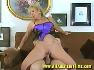 pierced blonde mother i pussy fucked