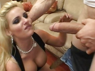 hor breasty blonde wife getting fur pie licked