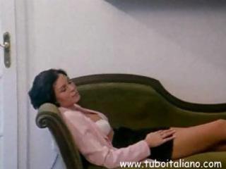 italian dark brown wife acquires her bawdy cleft