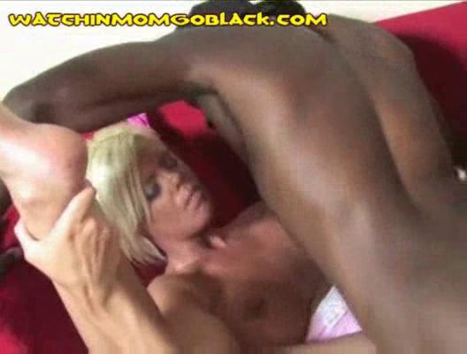 swarthy jocks filling mom