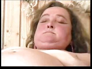 shaggy fat grannie r00