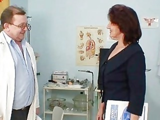 hirsute cum-hole grandma visits pervy woman doctor