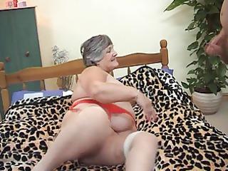 29 years old greedy grandma libby 3some