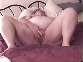big beautiful woman wife playing with her cunt