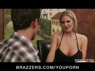 big-boobed blond mother i zoe holiday copulates
