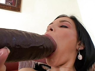 tanned brunette momma masturbating with large