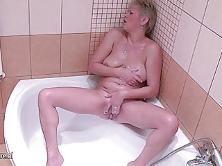 aged housewife playing with her juicy twat