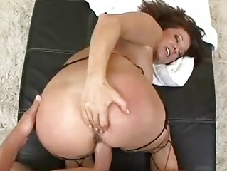 aged housewife gets filled