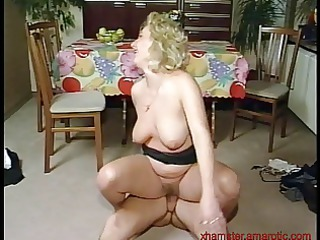 blond mother i gets fucked on the floor