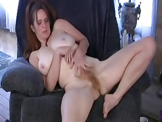 thats one sexy mother i