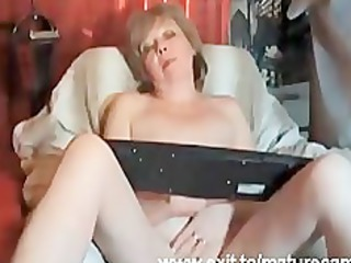 23 years granny louise fingering at home