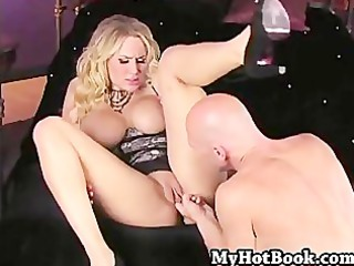 alanah rae squeezes her big mounds out of the top