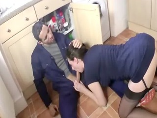 british mother i blows plumber