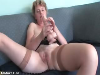 nasty mature woman t live without getting massive