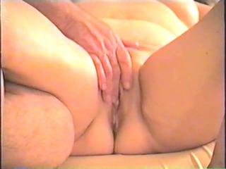masseur finger copulates wife