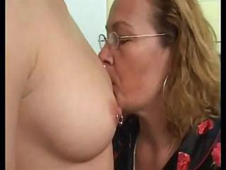 mature lesbian teaching a youthful lesbo how to