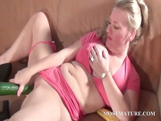 dirty mature copulates bawdy cleft with a cucumber